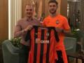 Телеканал Футбол случайным фото подогрел слухи о трансфере Ракицкого в Зенит