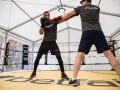 Экс-игрок МЮ может провести боксерский поединок с популярным видеоблогером