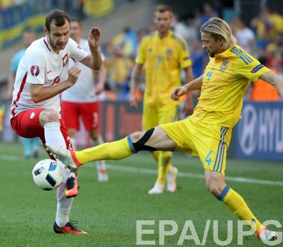 Тимощук в матче с Польшей
