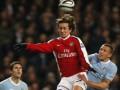 Росицки доиграет сезон в Арсенале