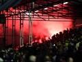 Болельщики подожгли поле собственного стадиона перед матчем Кубка Англии