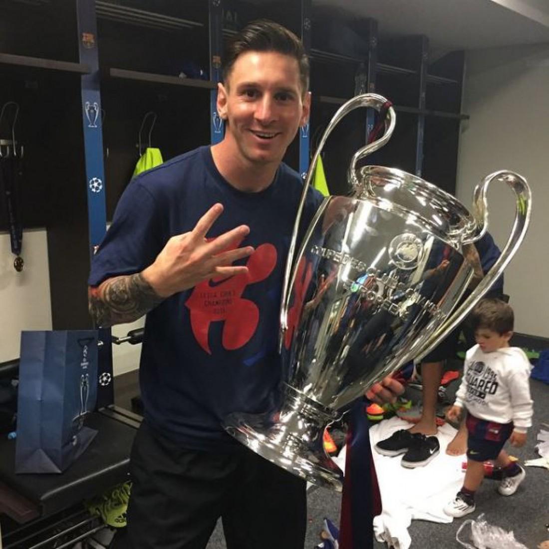 ФИФА назвала 23 претендента на звание игрока года