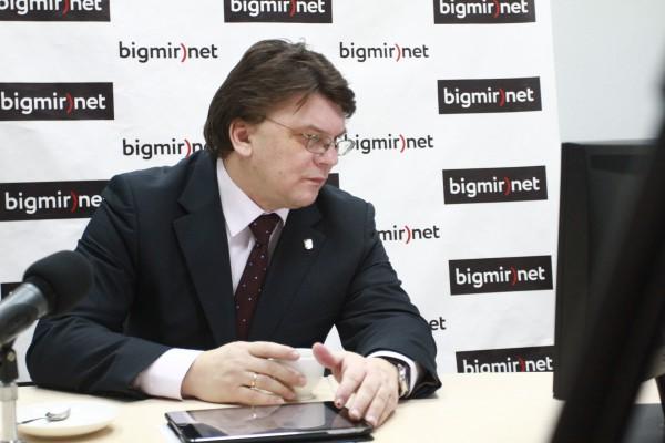 Игорь Жданов во время веб-конференции