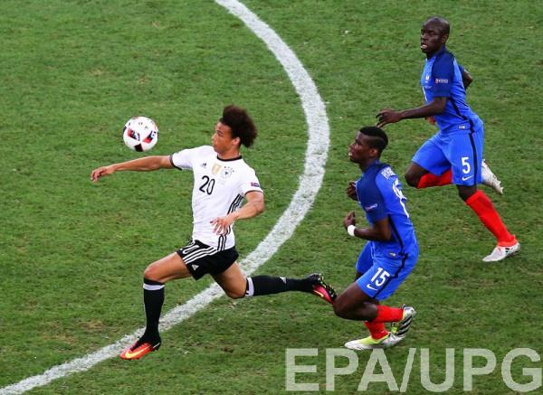 Лерой Сане в матче против Франции