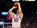NCAA: Михайлюк помог Канзасу одержать седьмую победу подряд