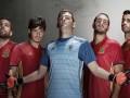 Сборная Испании представила форму на Евро-2016