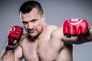 Экс-боец MMA вернулся к тренировкам после перенесенного инсульта