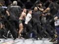 Видео массовой драки после боя Нурмагомедов – Макгрегор