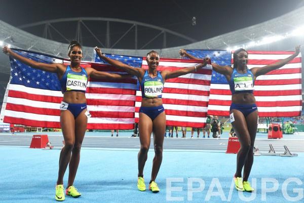 Тройной триумф США на100 метров сбарьерами