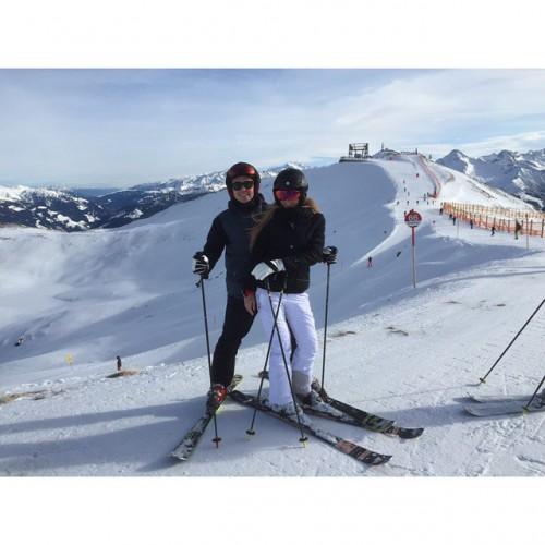 Марио Гетце отдіхает на горнолыжном курорте вместе со своей девушкой