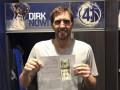 Фанат прислал Новицки 20 долларов в благодарность за жертвы ради клуба