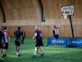 Игроки Тоттенхэма попробовали себя в баскетболе