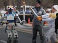 В эстафете олимпийского огня впервые в истории принял участие робот