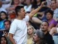 Безумный фанат ради яркого селфи видео устроил дикий ор на матче Australian Open
