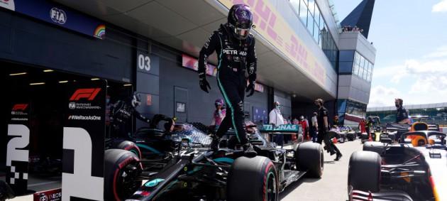Гран-при Великобритании: Хэмилтон взял поул, несмотря на разворот во втором сегменте