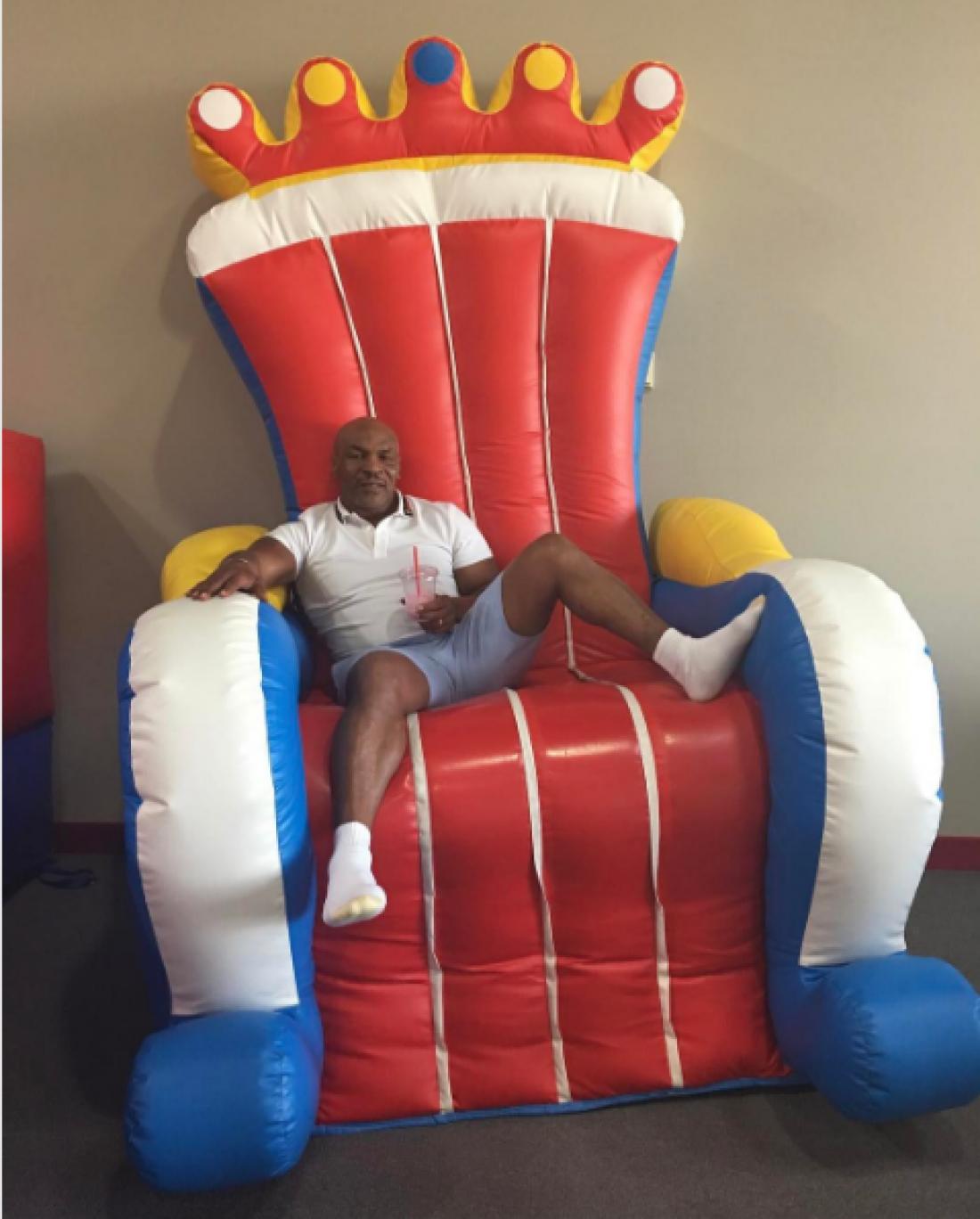 Тайсон нашел для себя трон