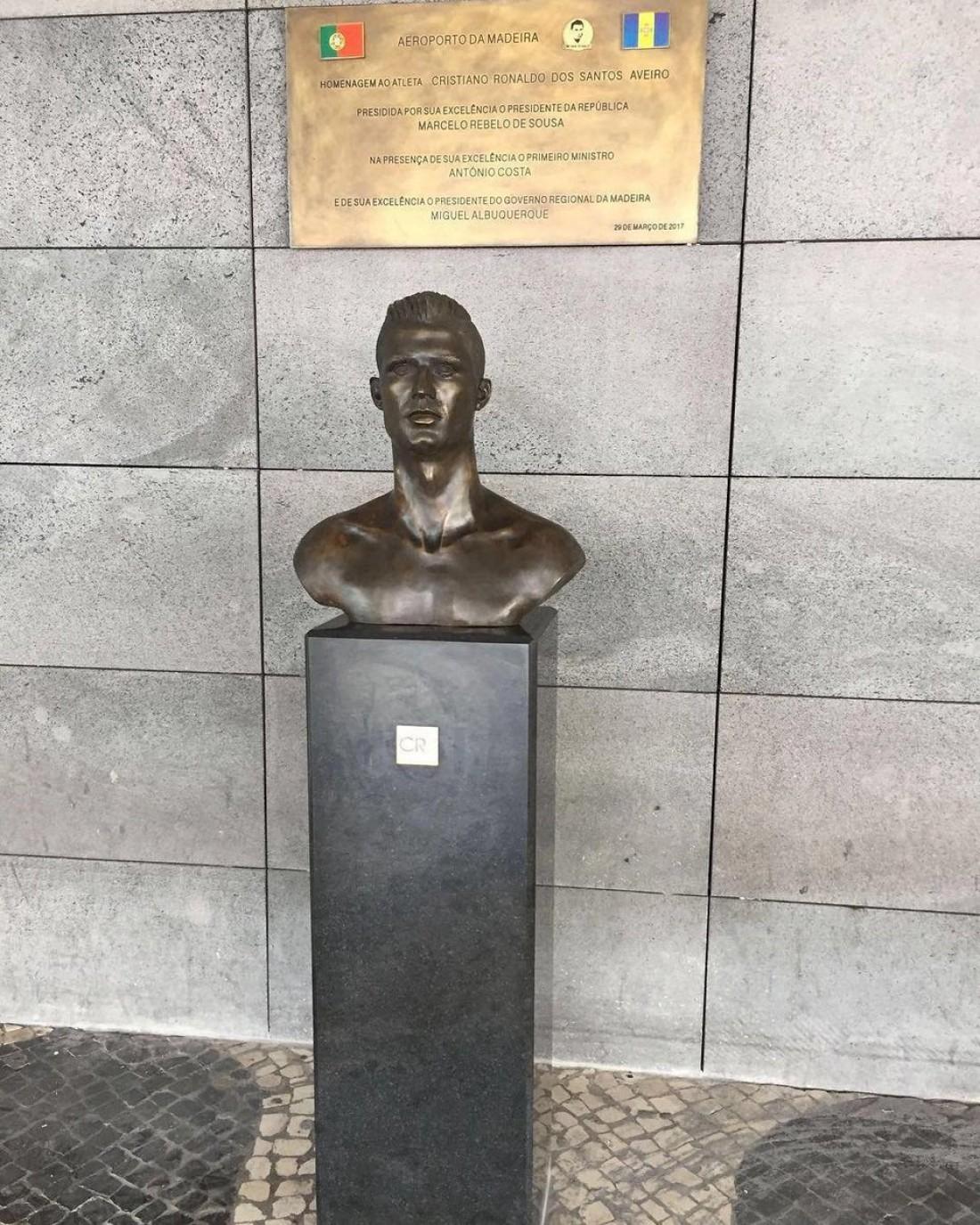 Новый бюст Криштиану Роналду