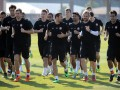 Луческу разрешил футболистам в Эмиратах погулять после тренировок