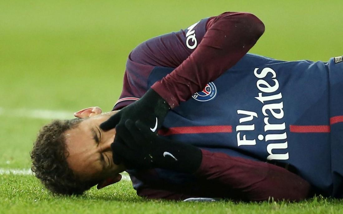 Неймар получил травму в матче с Марселем