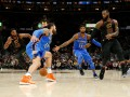 НБА: Кливленд переиграл Оклахому, Хьюстон сильнее Миннесоты