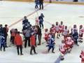 Юные российские и белорусские хоккеисты подрались после матча