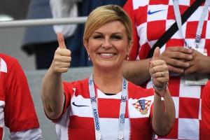 Президент Хорватии вместе с фанатами смотрела матч национальной команды против Венгрии