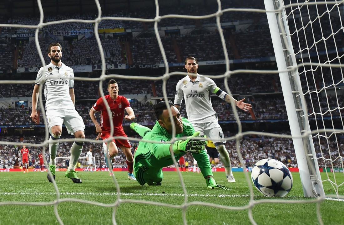 Бавария, забив два, не смогла обыграть Реал