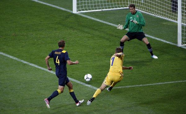 Шевченко не реализует самый острый момент сборной Украины
