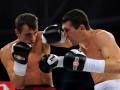 Бокс: Сенченко и Бурсак побеждают в Броварах