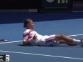 Четыре удара Федерера, повалившие Долгополова на корт
