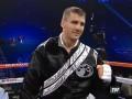 Александр Гвоздик быстро нокаутировал Монтойю в первом профессиональном бою