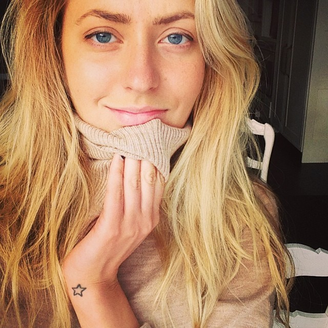 Алена Ларионова - дочь Игоря Ларионова, двукратного олимпийского чемпиона по хоккею