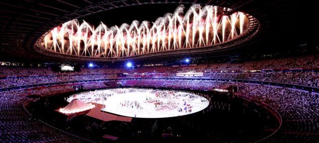 Император Японии официально открыл Олимпийские игры
