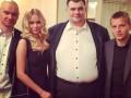 Смехотерапия после травмы: Гусев с женой сходил на Вечерний Квартал (ФОТО)