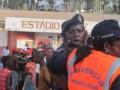На стадионе в Африке погибли 17 человек из-за давки