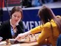 Украинка Музычук вышла вперед в битве с россиянкой за шахматную мировую корону