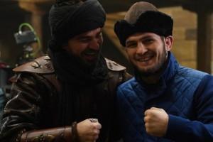Нурмагомедов отправился в Турцию, где посетил съемки популярного сериала