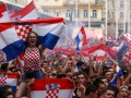 Хорватские фанаты спели колыбельную малышу