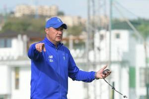 Хацкевич: Остался месяц до игры, времени на раскачку нет