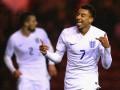 Фанат прикинулся парикмахером и попал в номер игроков сборной Англии
